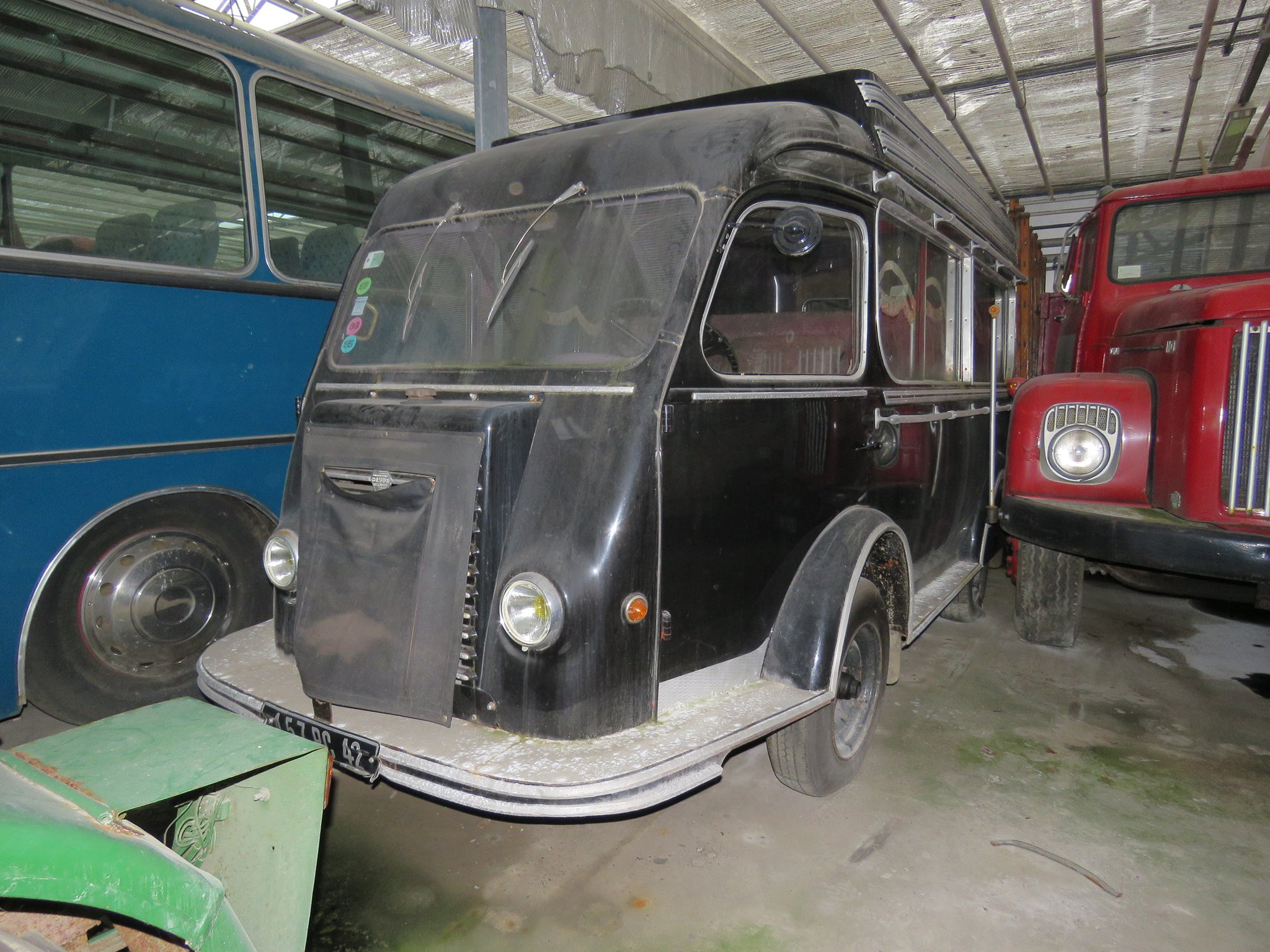 Art-in-Sedan--2