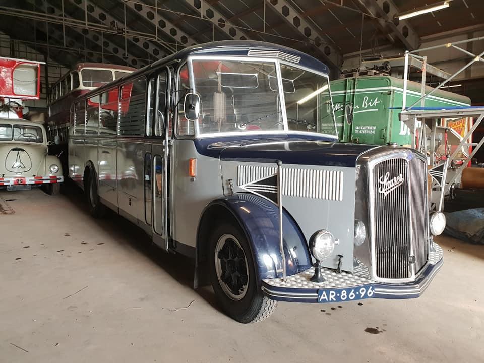 Art-in-Sedan--6