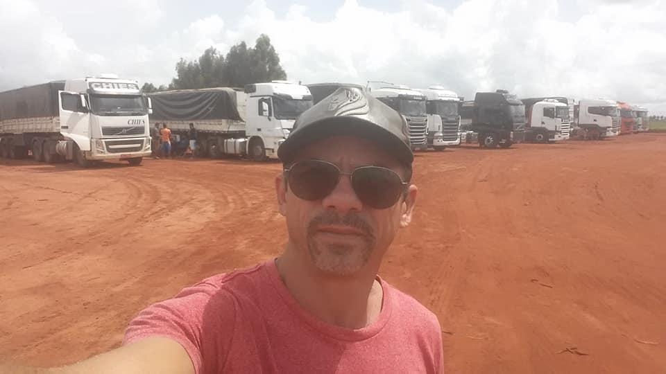 Lenivaldo-Ferreira-Ik-wacht-op-de-belasting-om-te-reizen--6