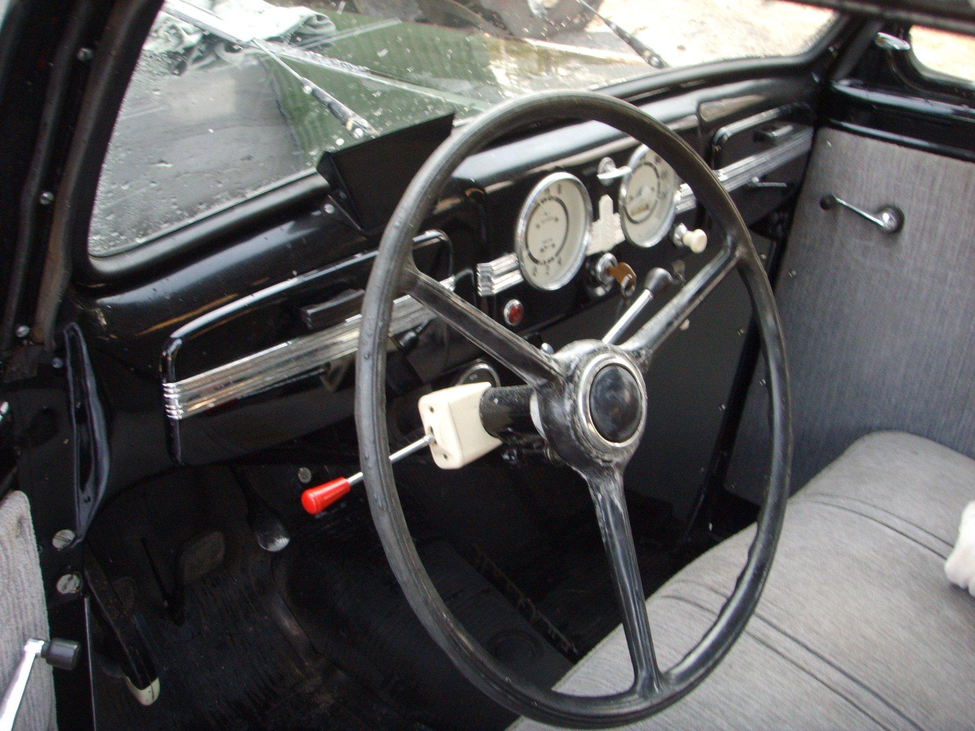 Moskivitsj-401--1954-2