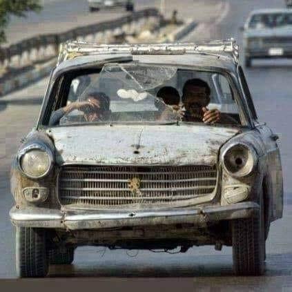 Peugeot-404-