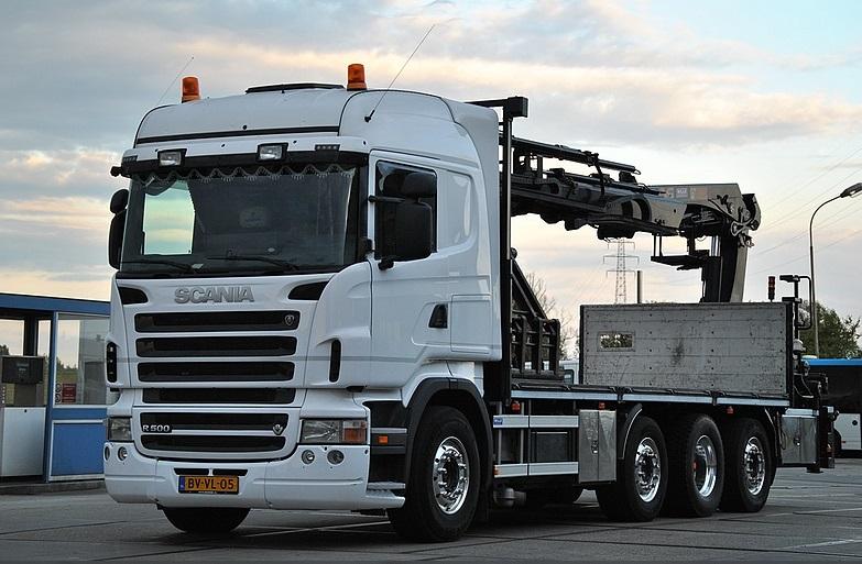 Scania-8X4