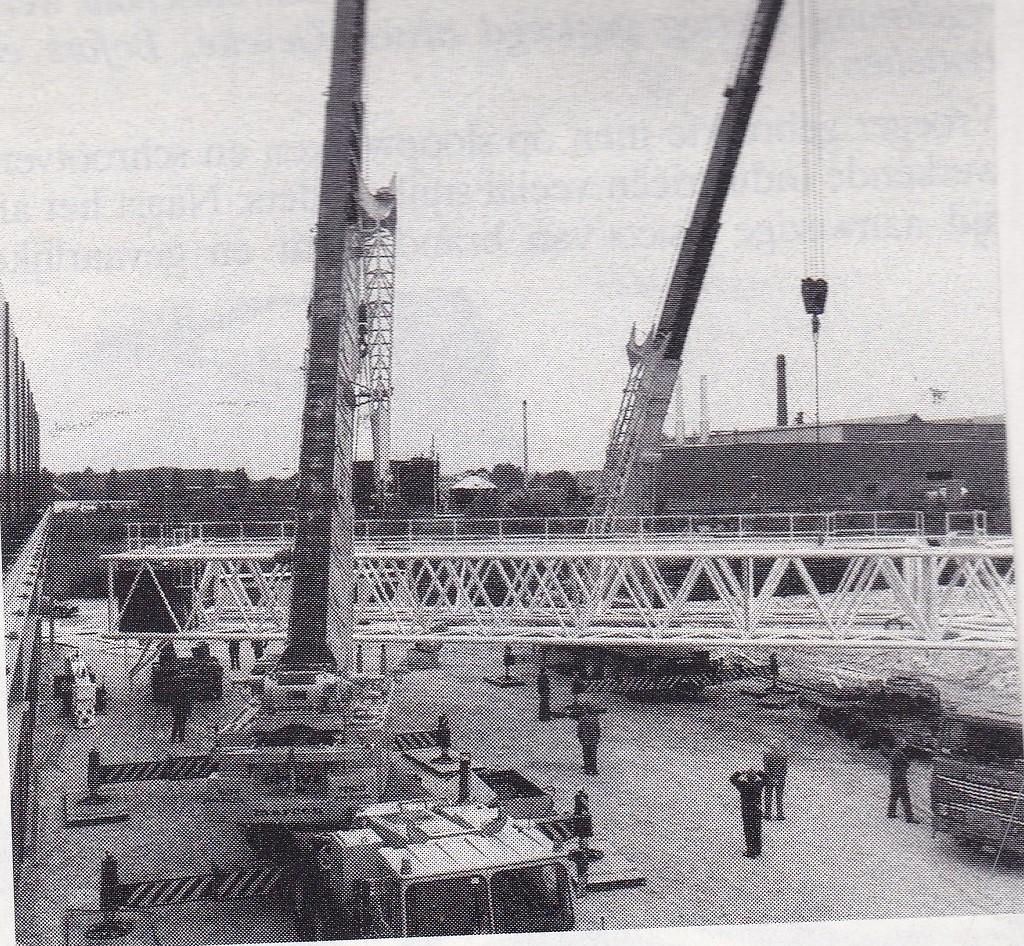 Marcom--Grove-kranen-in-Roermond--1984-Rinus-Anker-archief--1
