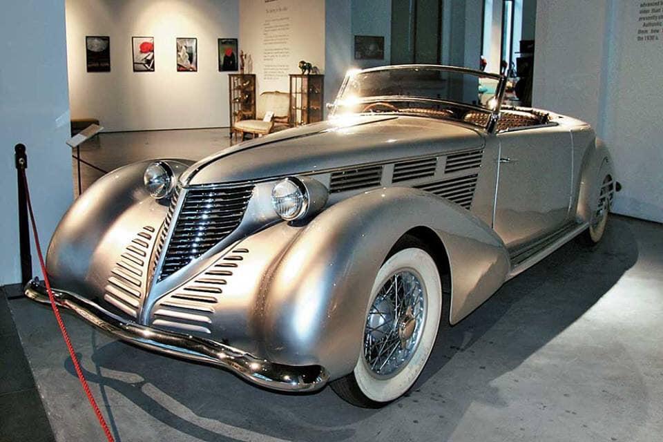 Lancia-Astura-Malaga-by-Pininfarina-1938---3