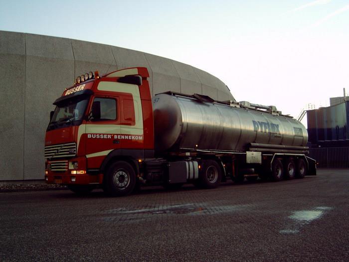 Tankwagens--4