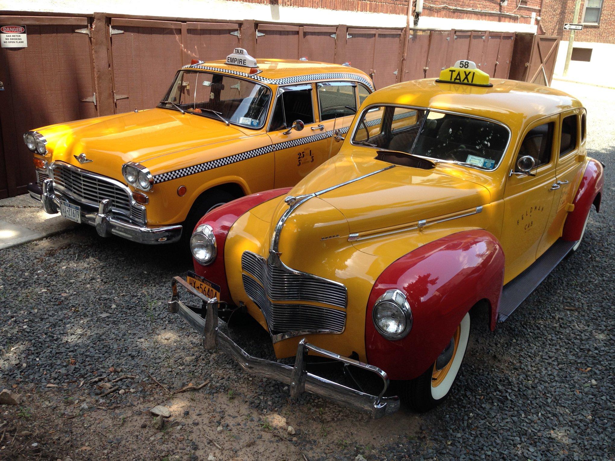 Checker-Taxi-7
