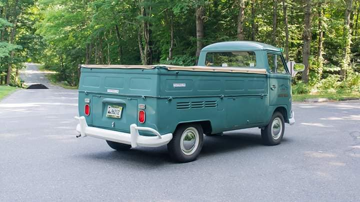 Volkswagen-Single-Cab-Pickup--1967--3