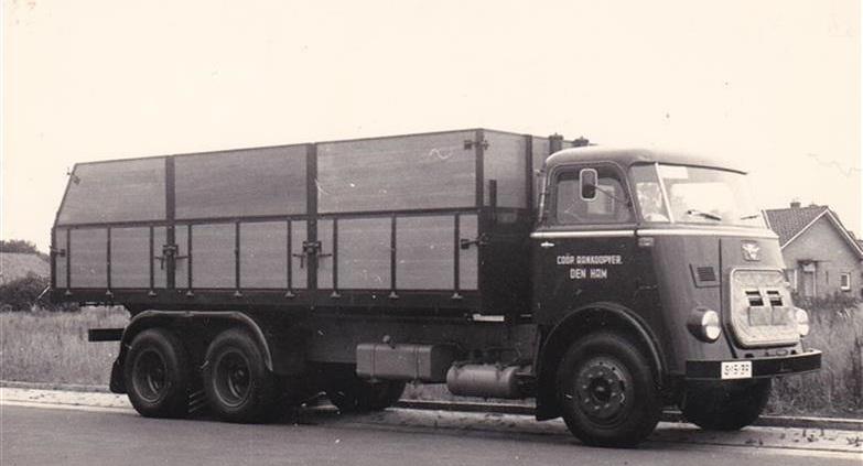 DAF-S-15-39-1965-opbouw-Hoekstra-Winterswijk[1]