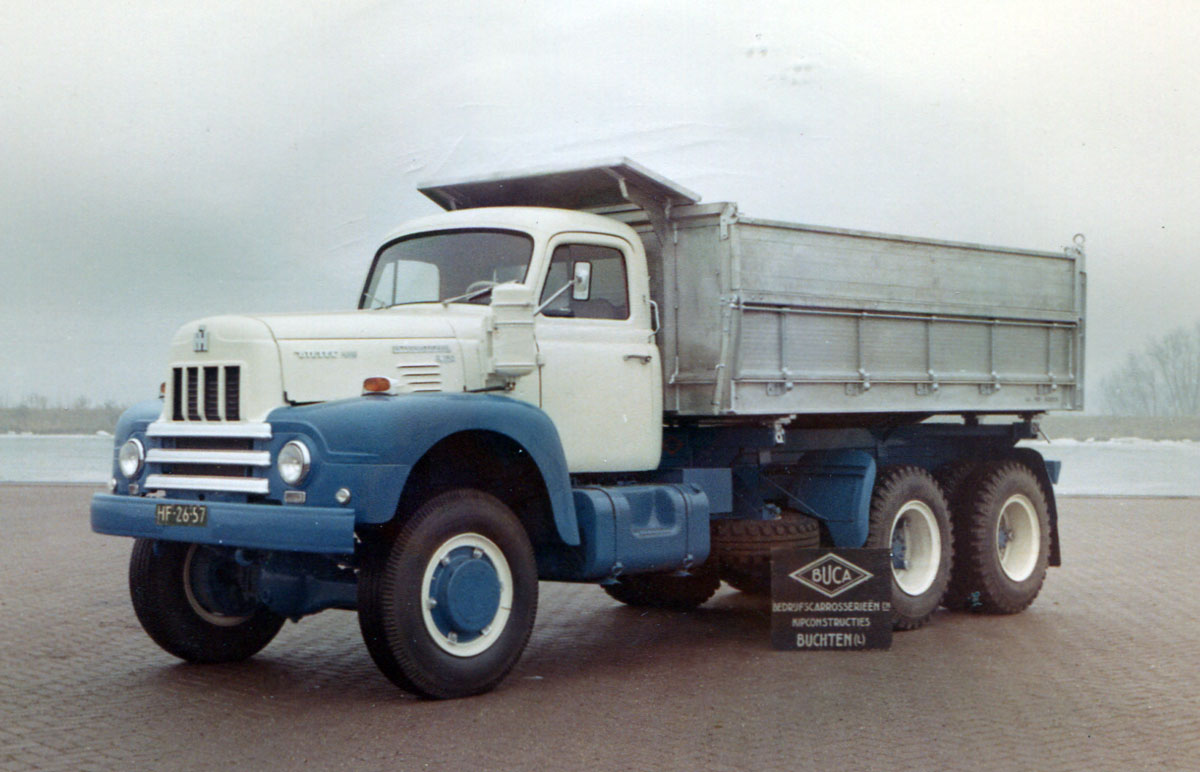 International-6X6-buca-carr.-2