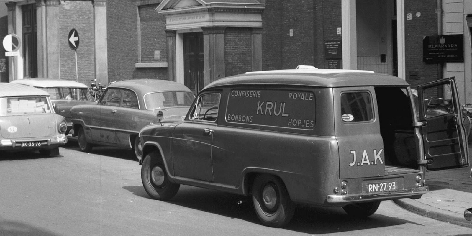 Den-Haag-Gebr.Krul-Tearoom-en-Confiserie-1963-