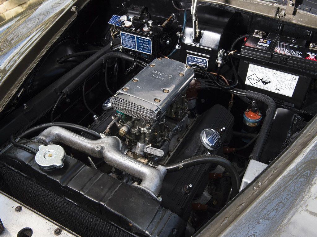 LANCIA-AURELIA-B-20-GT---1955-4