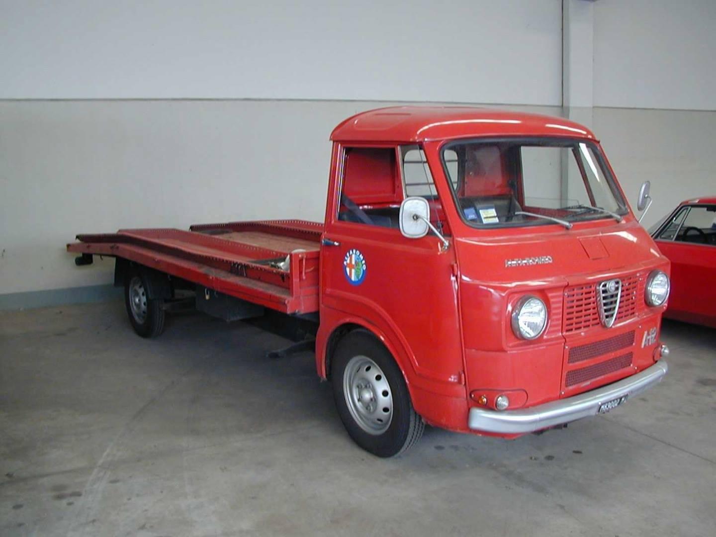 Alfa-Romeo--2
