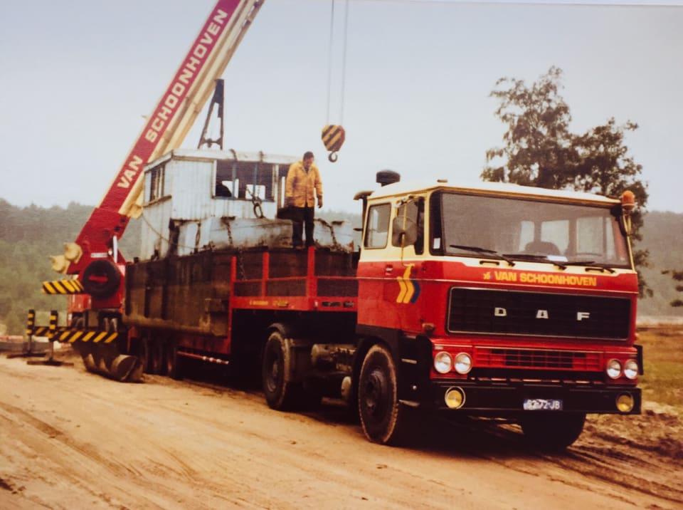 DAF-2800-met-Bantam-op-de-achtergrond