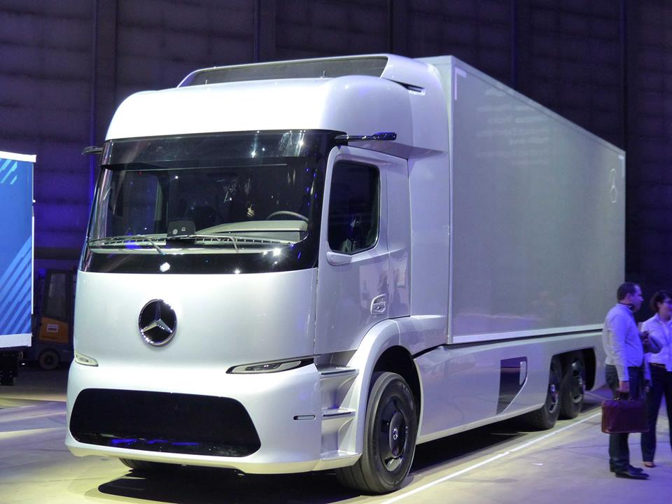 Mercedes--3
