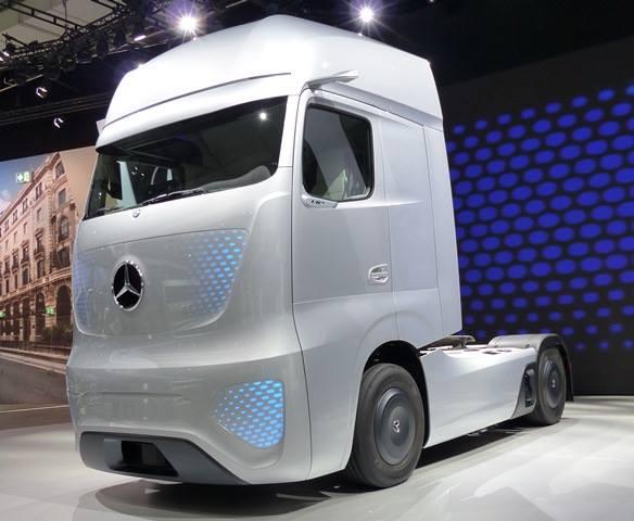 Mercedes--4