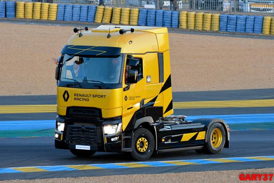 Renault-camion-20