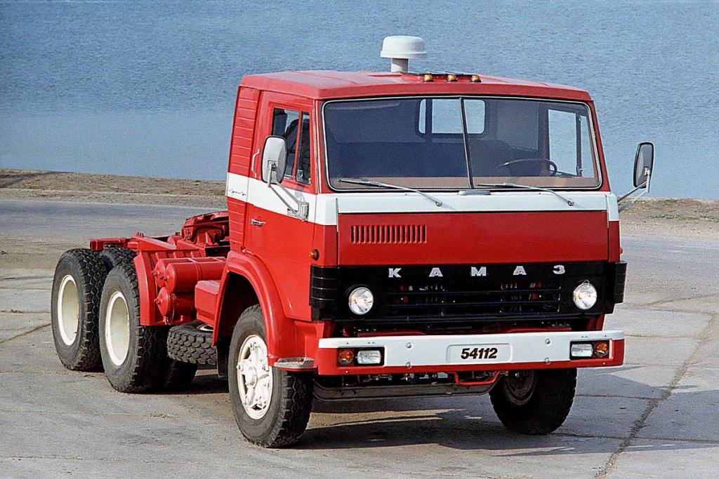 Kamaz-54112--1981-