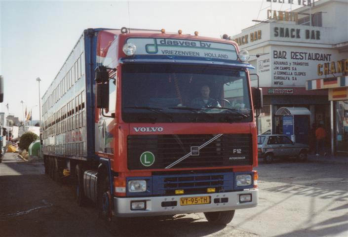 Volvo-F12-VT-95-TH[1]