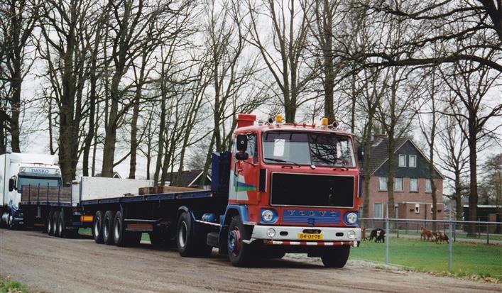 Volvo-F89-84-01-TB[1]