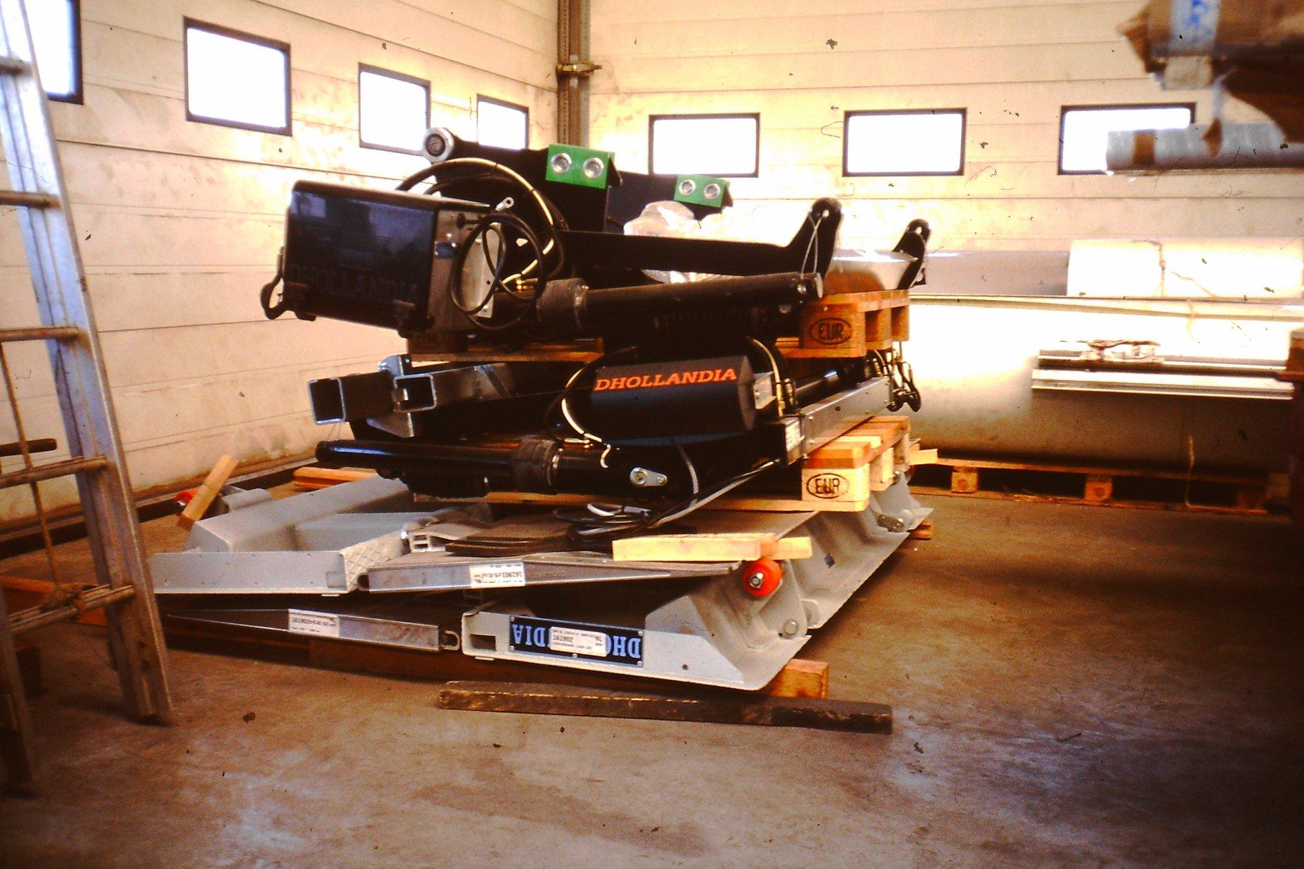 Peter-Nieuwkoop-met-zijn-nieuwe-scania-27-1-2003-9