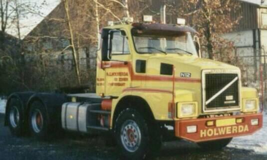 Volvo--1