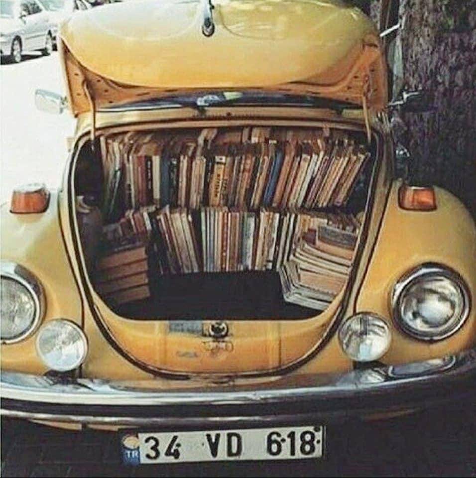 Book-Truck-1