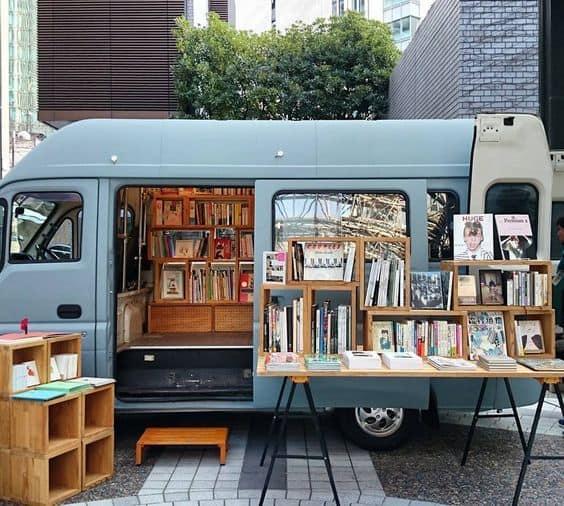 Book-Truck-4