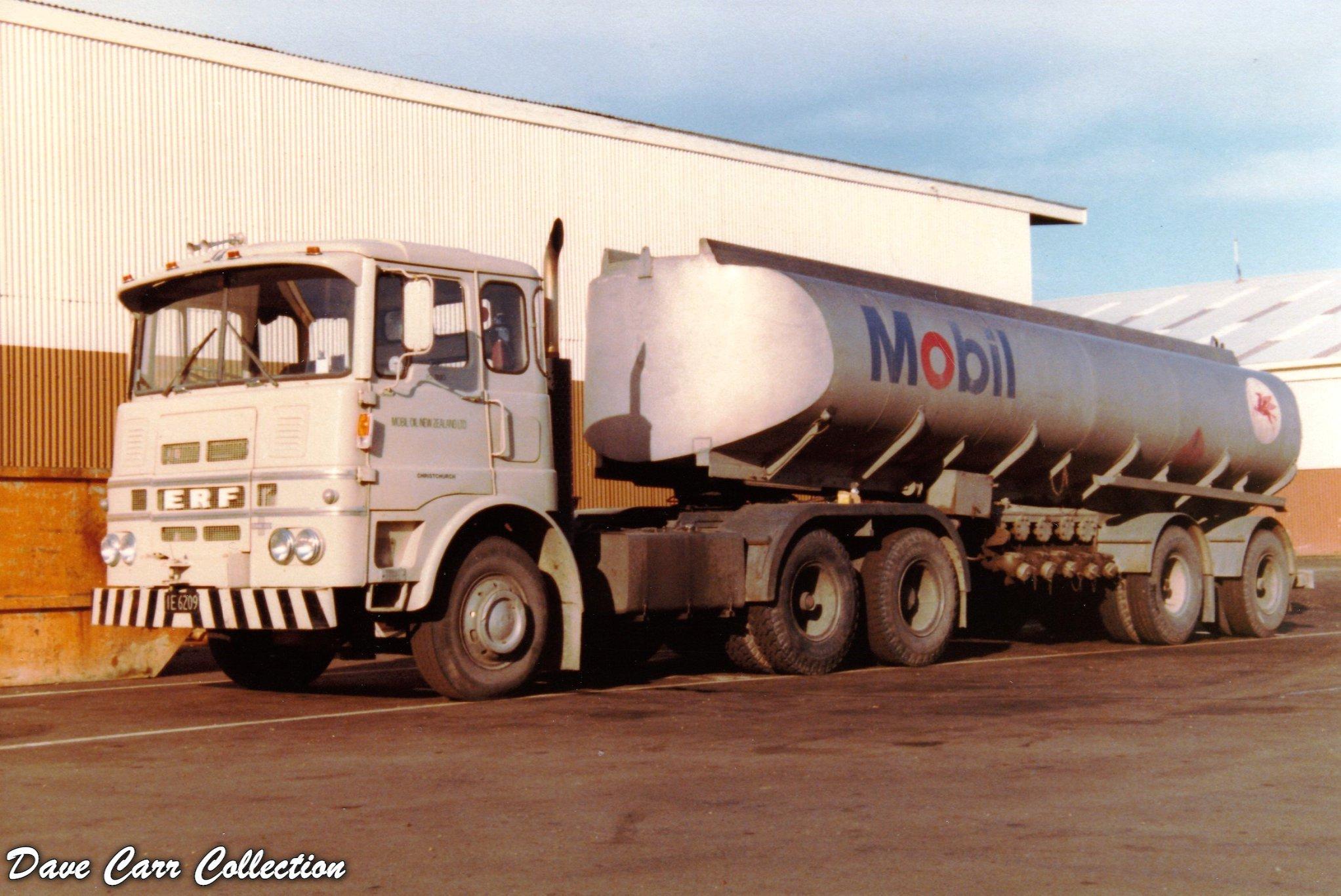 Mobil-Oil---Port-Nelson--October-1982