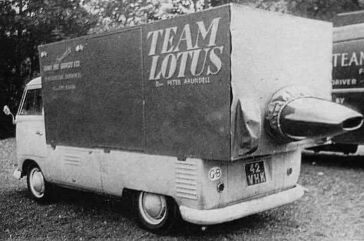 VW-Bus--