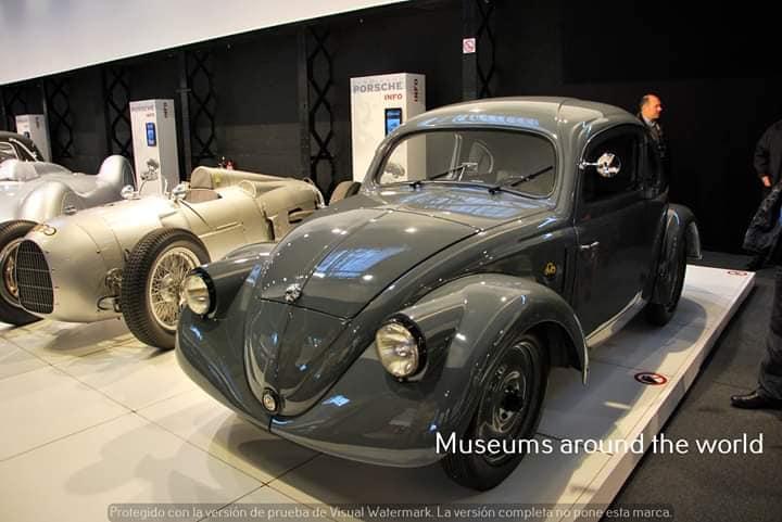 Volkswagen-Beetle---1937--1
