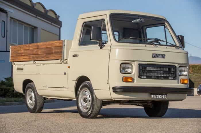 Fiat-900-T-1983-