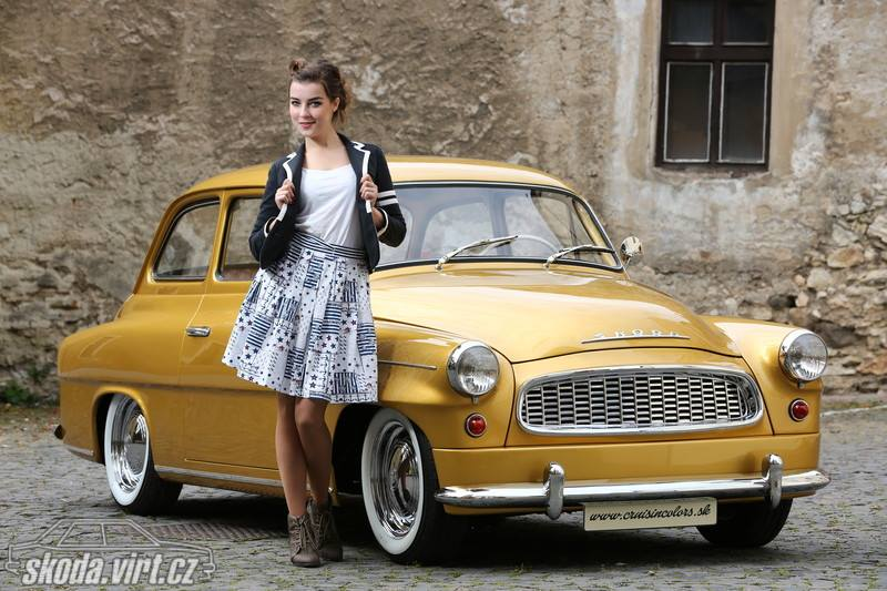 Skoda-Octavia-Custom-Gold-1963--1