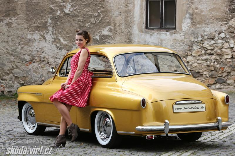 Skoda-Octavia-Custom-Gold-1963--2