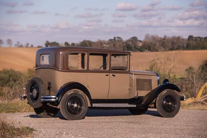 Citroen-AC4-Limousine-1930----2