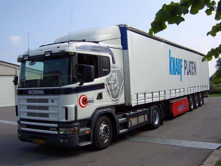 Scania-R114-BH-BL-53-met-tautliner-oplegger-
