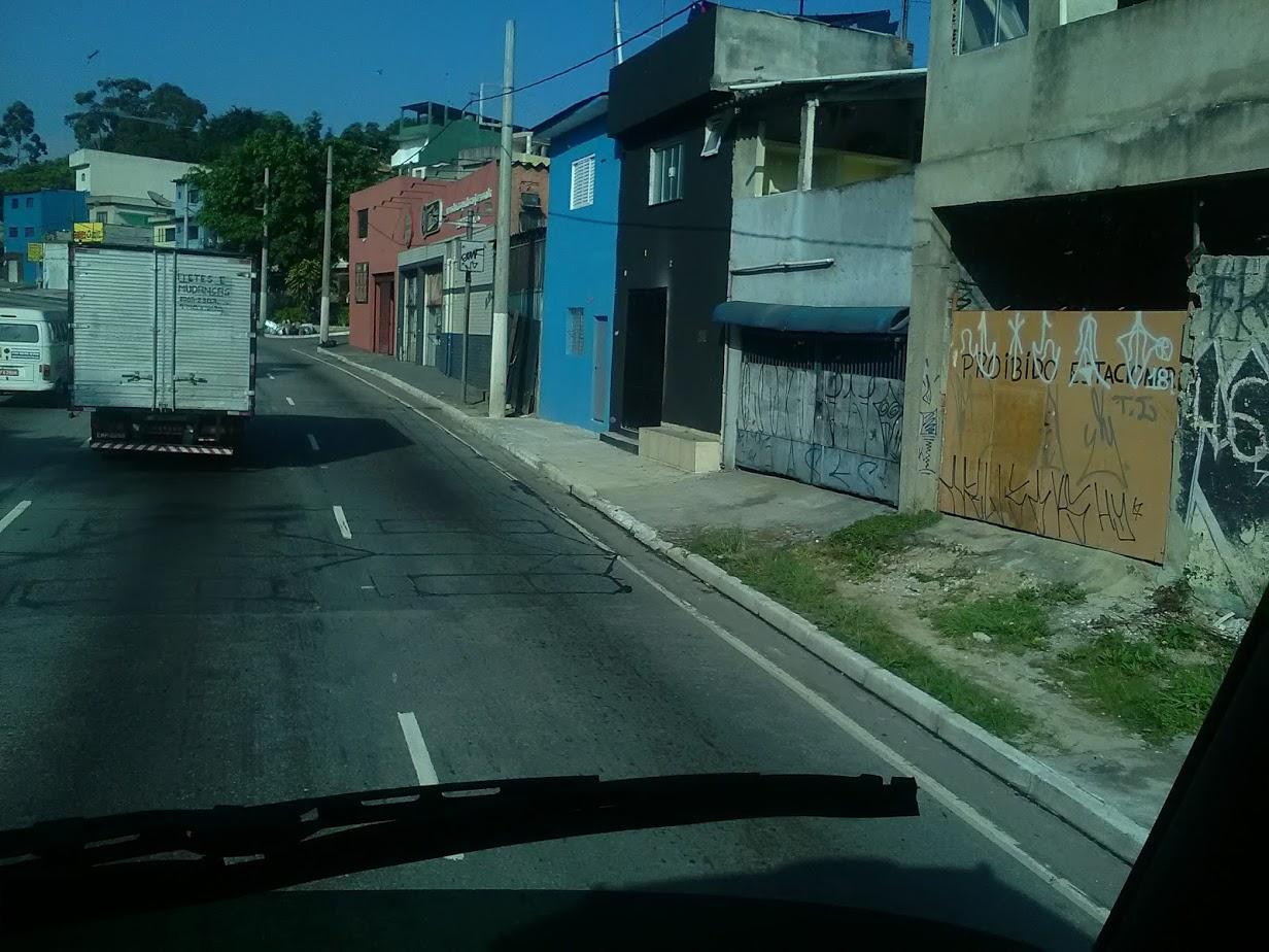 10-6-2019-Sao-Paulo-door-de-stad-op-weg-naar-Santos-42