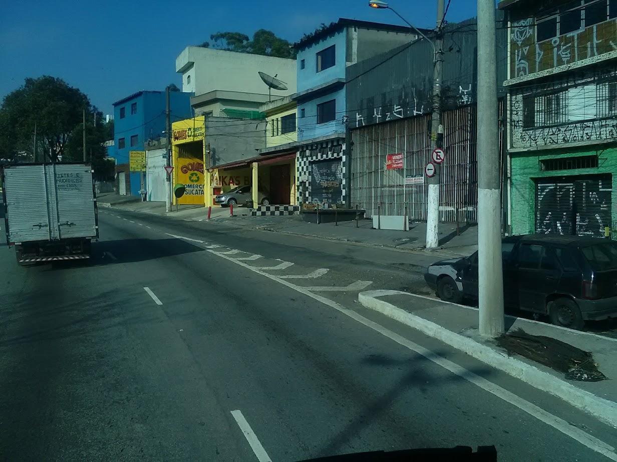 10-6-2019-Sao-Paulo-door-de-stad-op-weg-naar-Santos-43