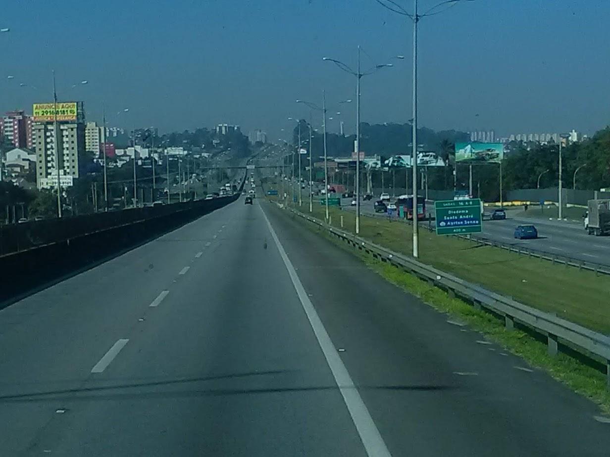 10-6-2019-Sao-Paulos-op-weg-naar-de-haven-plaats-Santos-7