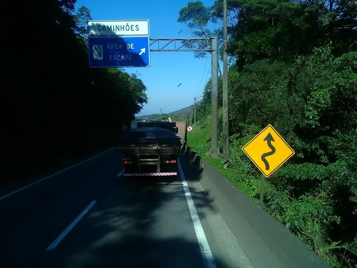 10-6-2019-Sao-Paulos-op-weg-naar-de-haven-plaats-Santos-19