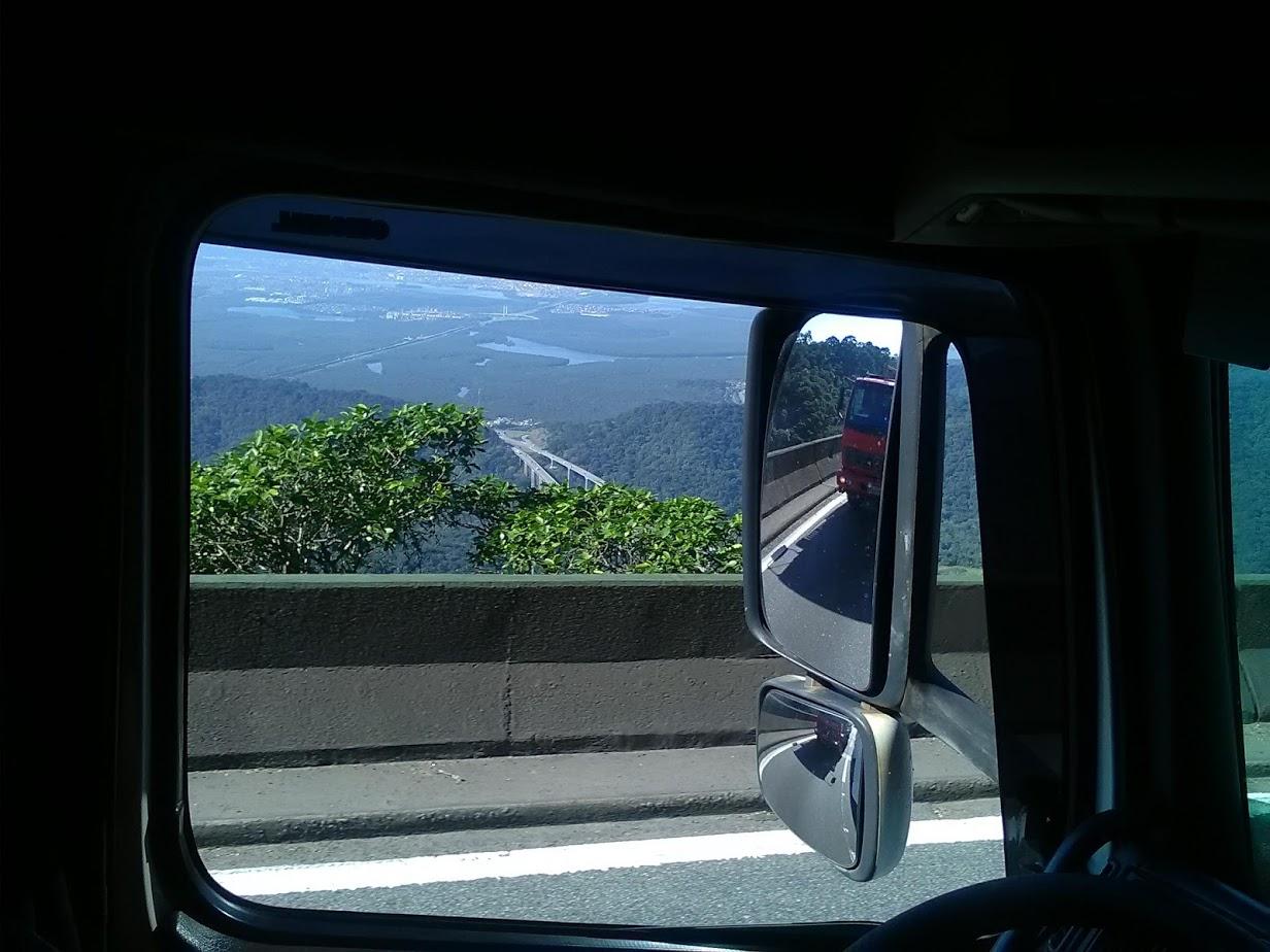 10-6-2019-Sao-Paulos-op-weg-naar-de-haven-plaats-Santos-26
