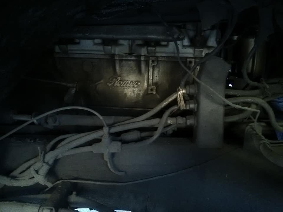 11-6-2019--FNM-met-onderdelen-van-Alfa-Romeo.bouw-jaar-1977-van-de-zelfde-eigenaar-dodemans-deuren-en-twee-polen-voor-versnelling.-Net-zo-als-de-Fiat-van-vroeger--Helemaal-origineel-rijd-alleen-in-de-4