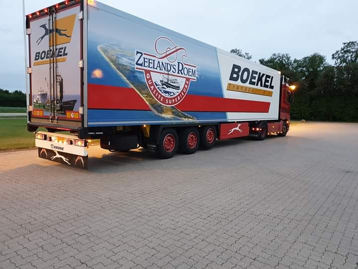 Boekeltransport--charter