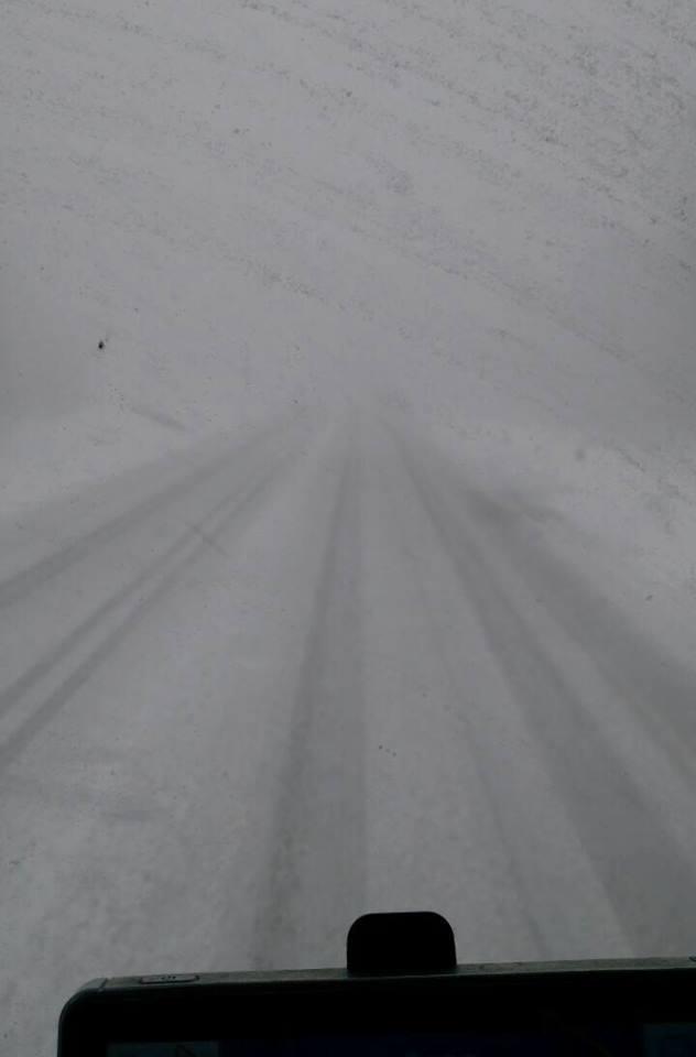 In-Nederland-is-het-mooi-weer-maar-in-Rusland-is-het-nog--geen-lente--Deze-chauffeur-van-Duet-onderweg-naar-Novy-Urengoy--en-dit-ziet-hij-17-4-18