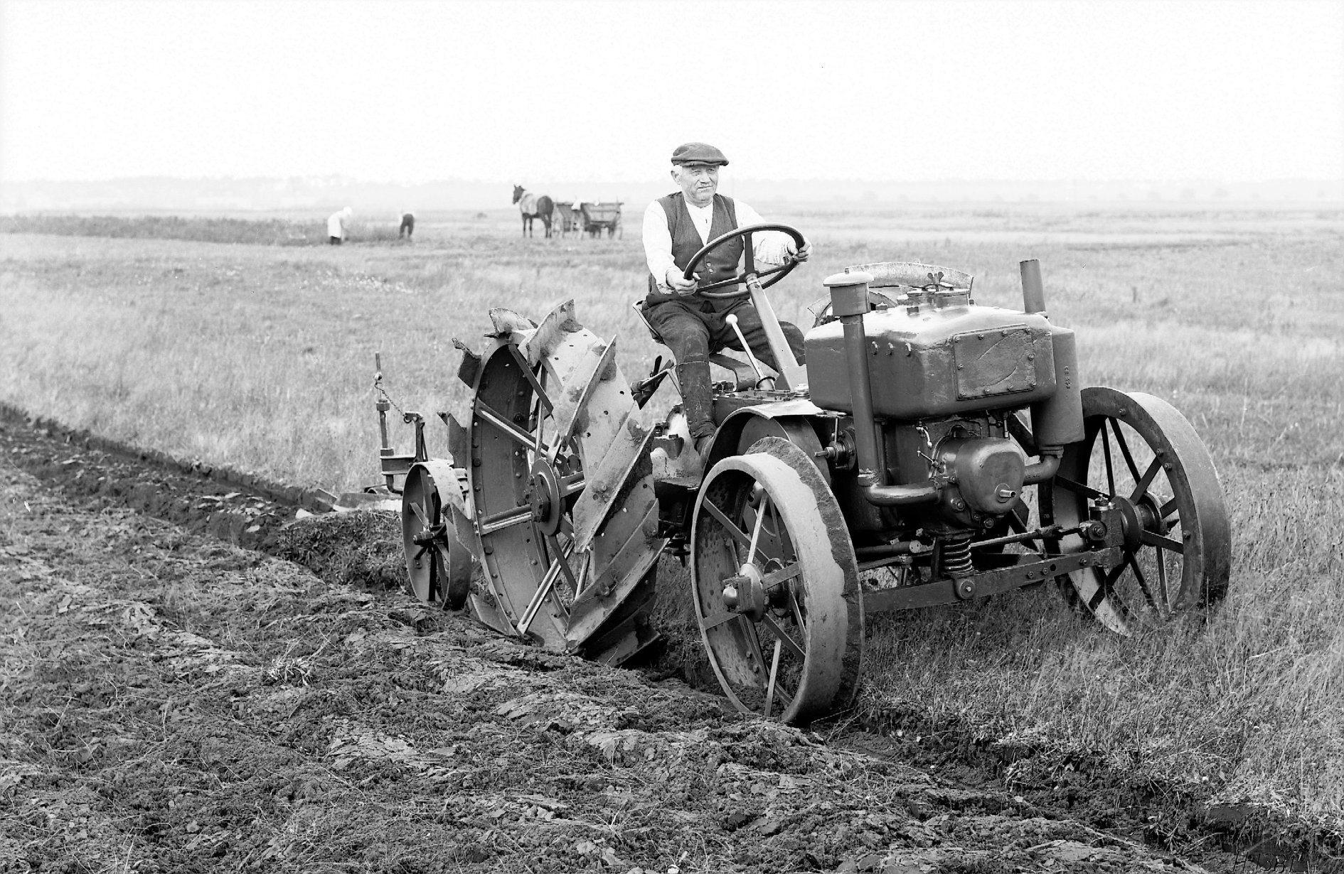 Mercedes-Benz-Ackerschlepper--Diesel--1928