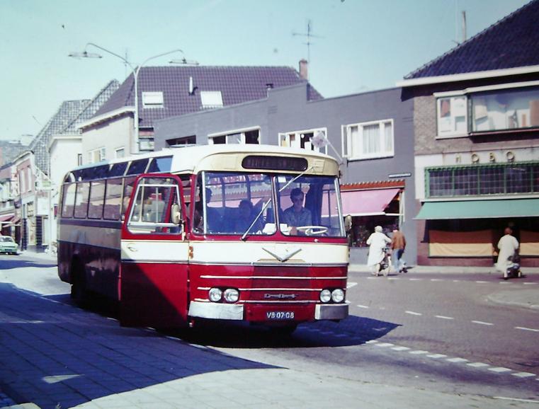 bus-nr-17-halte-hema-aalten-2