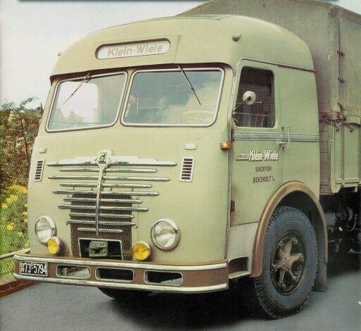Bussing--8000--U-Middenmotor-en-Gaggenau-kabine