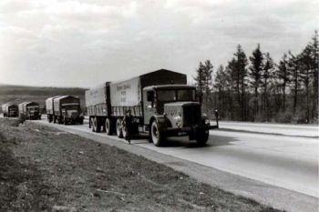 Fuhrparkaufder-Autobahn0105-1951