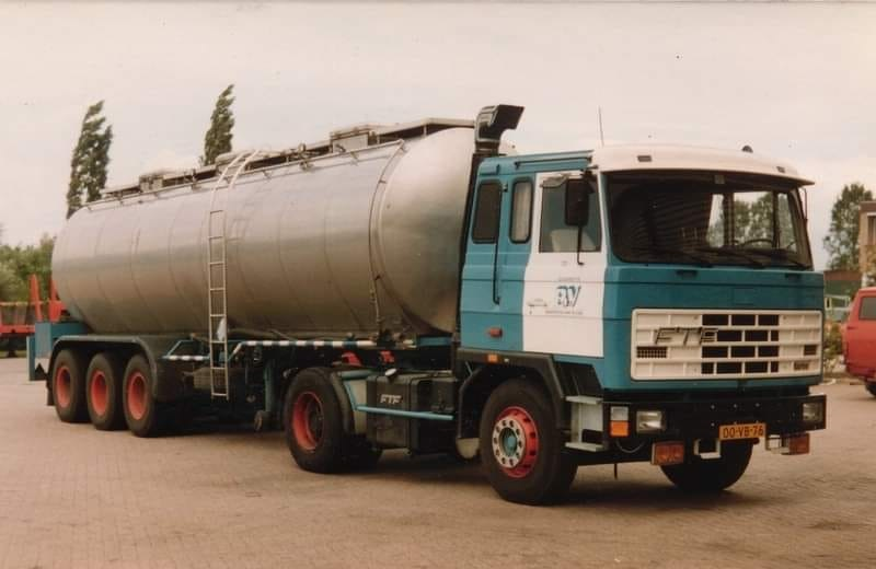 Bremke-de-Vringer-uit-Naarden-FS-7-13K-1980-Detroit-Diesel-6V-92T-324-pk