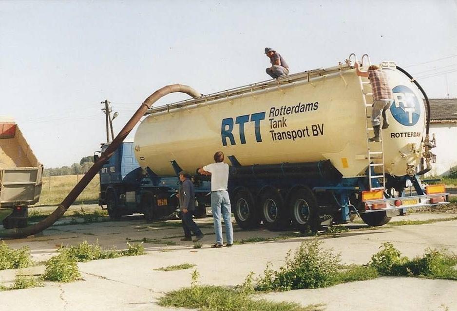 Ortep-Biemans-vanaf-1992-ook-naar-het-oosten-met-een-TIR-Carnet-en-een-hoop-geduld-1