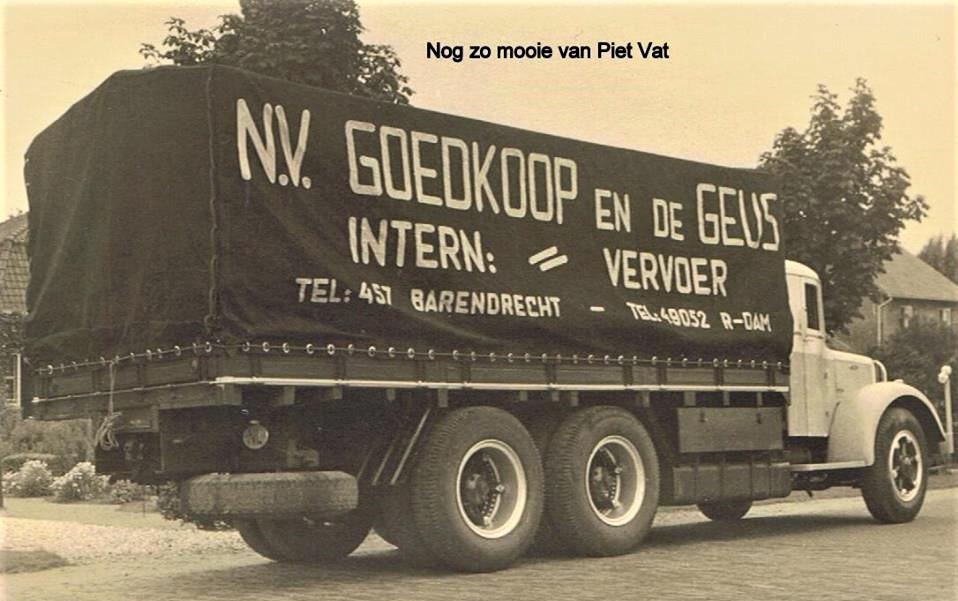 Jan-Van-Pelt-foto-archief-van-zijn-schoonvader--Piet-Vat-3